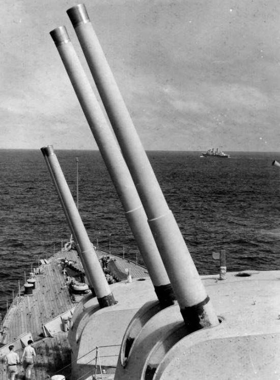 英国(203mm)50倍径MK8.jpg
