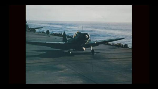 Douglas TBD-1 VT-6 in flight c1938.jpg